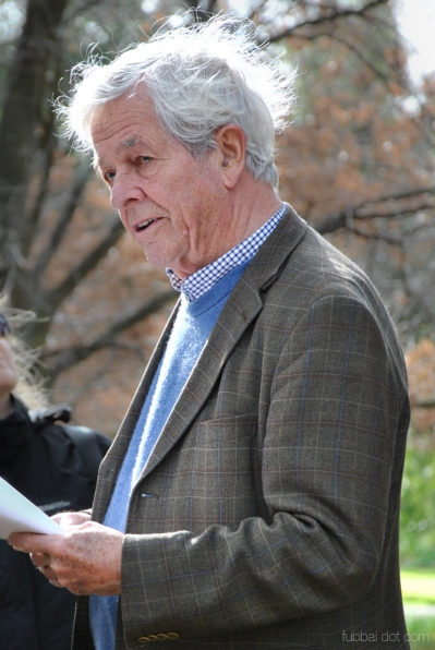Poet Chris Wallace-Crabbe reading his poetry in the Royal Botanic Gardens Victoria